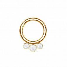 Кольцо из полированного титана с кластером три опала